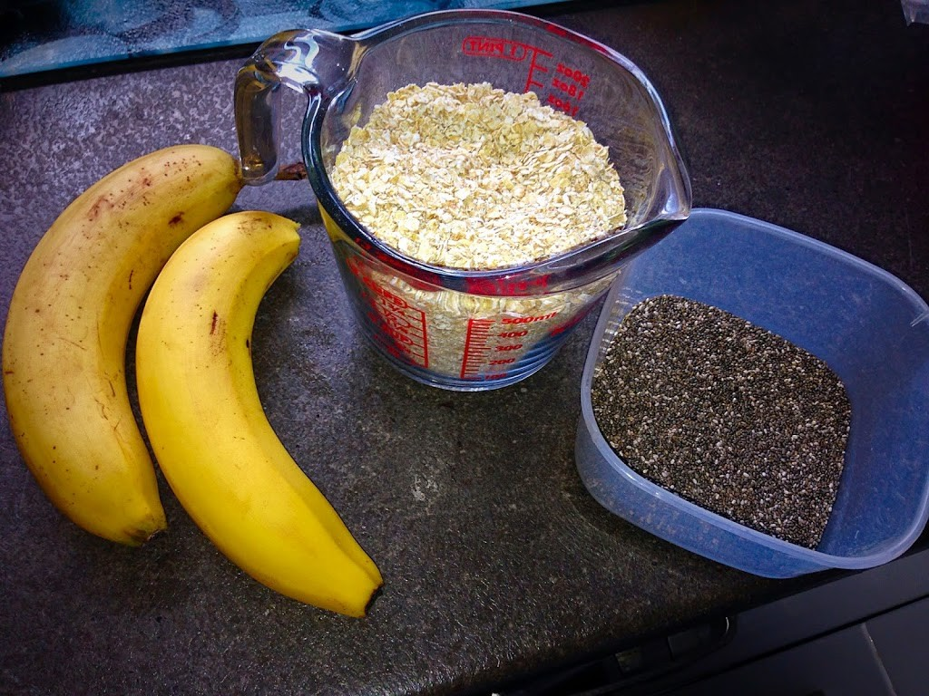 banana and chia bites