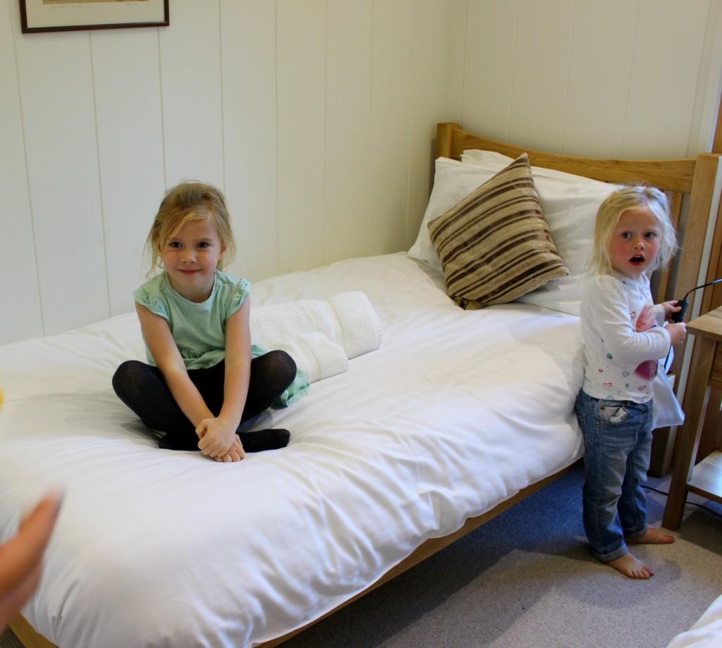 furrow fields lodge twin bedroom
