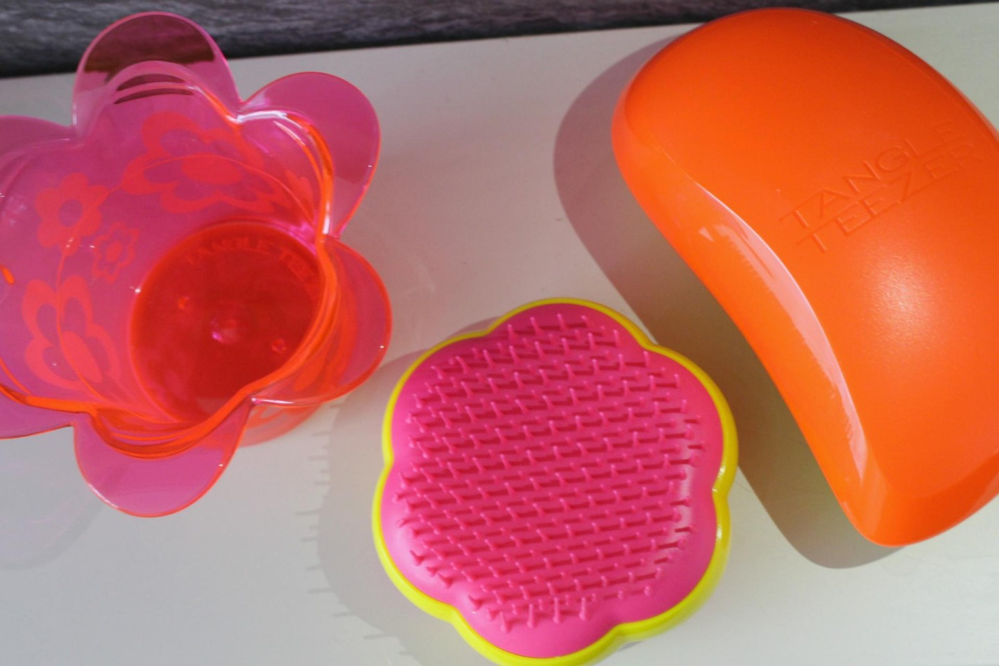 tangle teezer magic flower pot and style brush