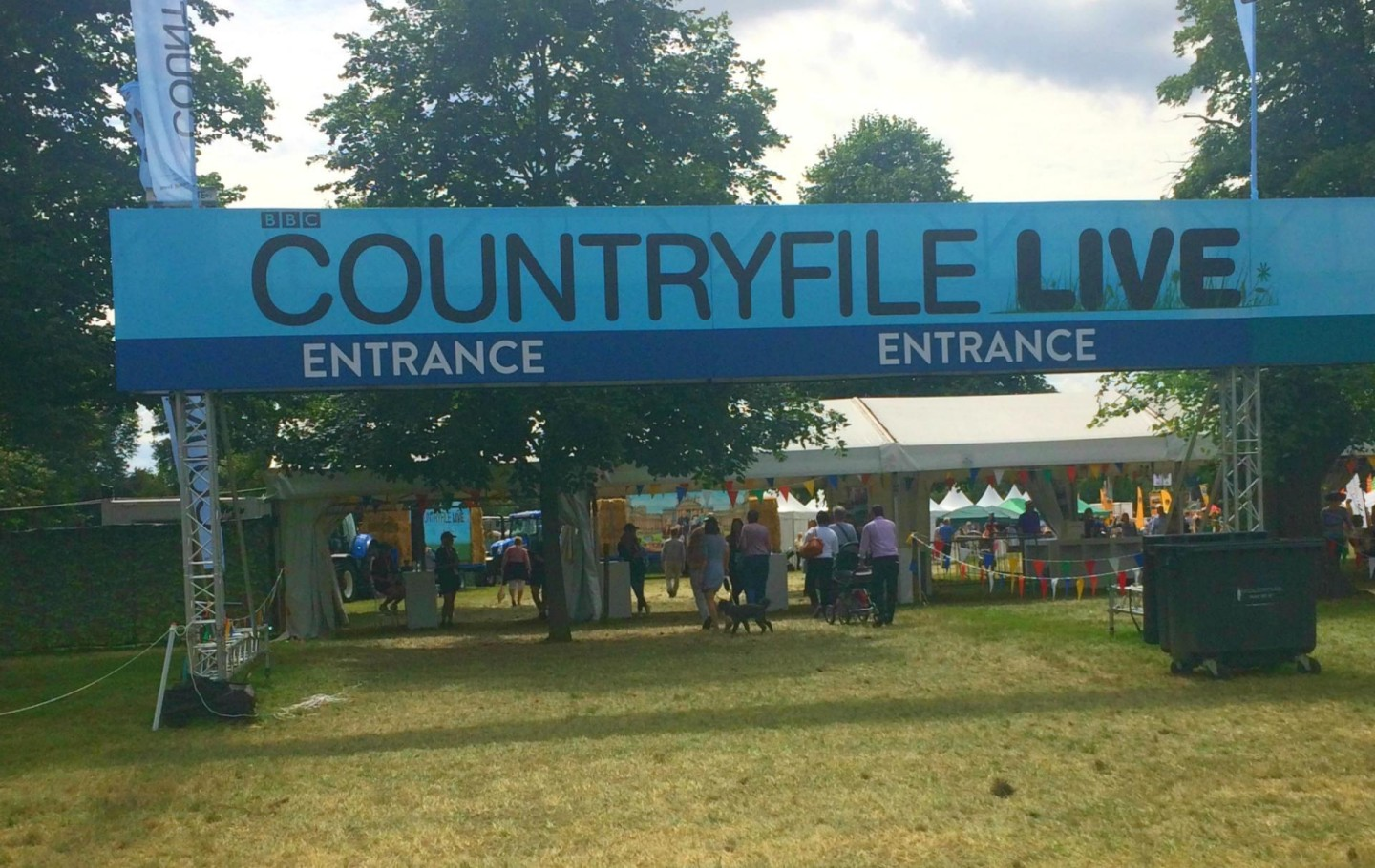 Country file Live 2016 entrance