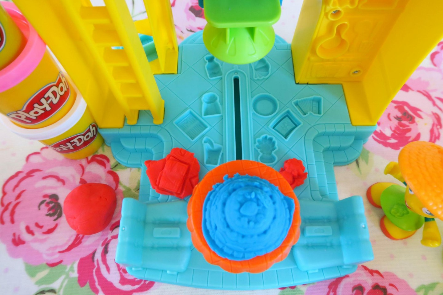 Playdoh Town 3-in-1 Town Centre