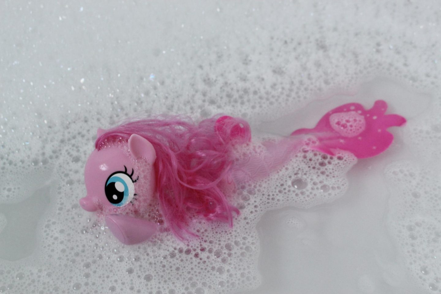 Pinkie Pie Swimming Sea Pony