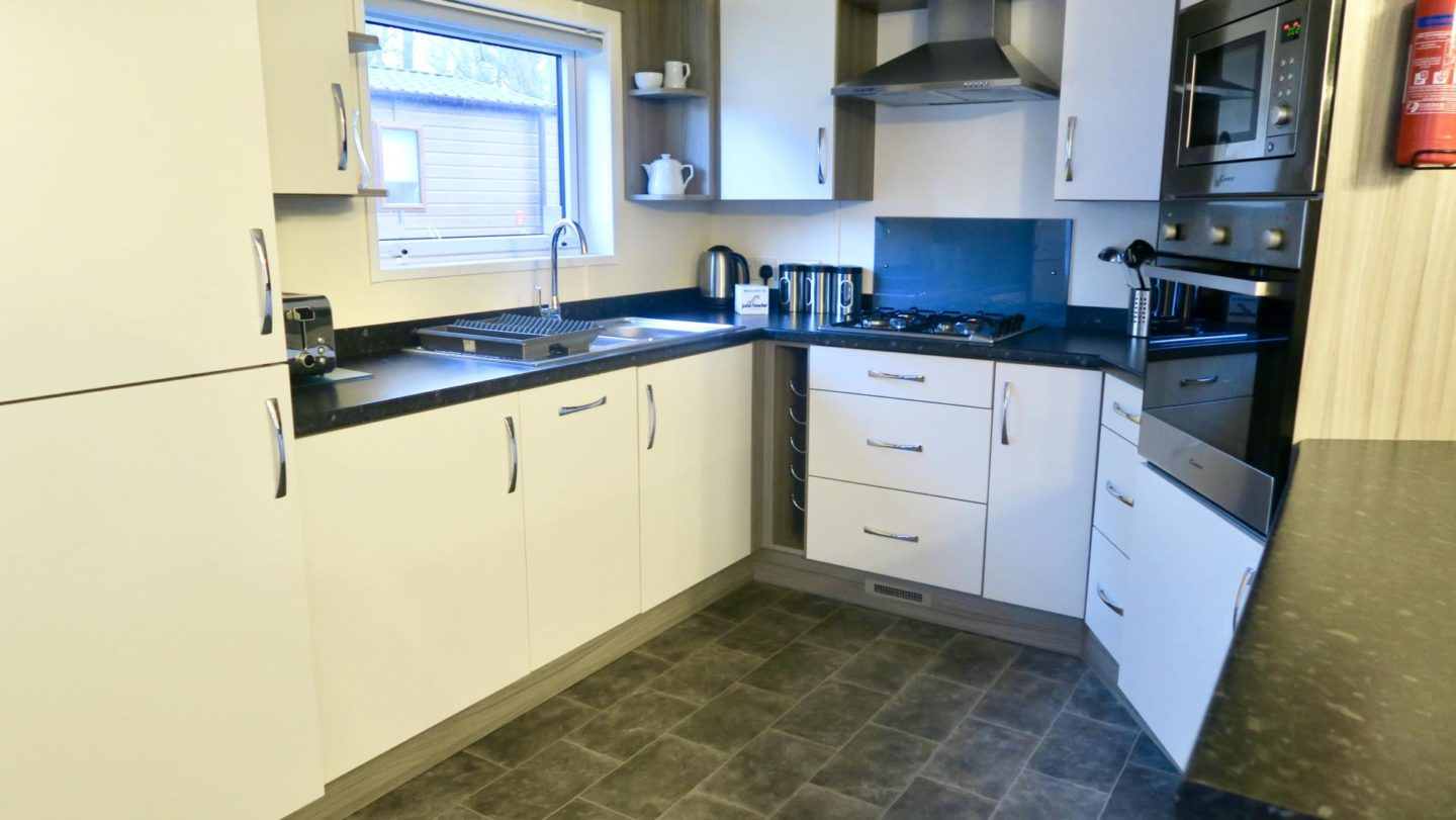 Kitchen Platinum Lodge John Fowler Holiday Park St.Ives