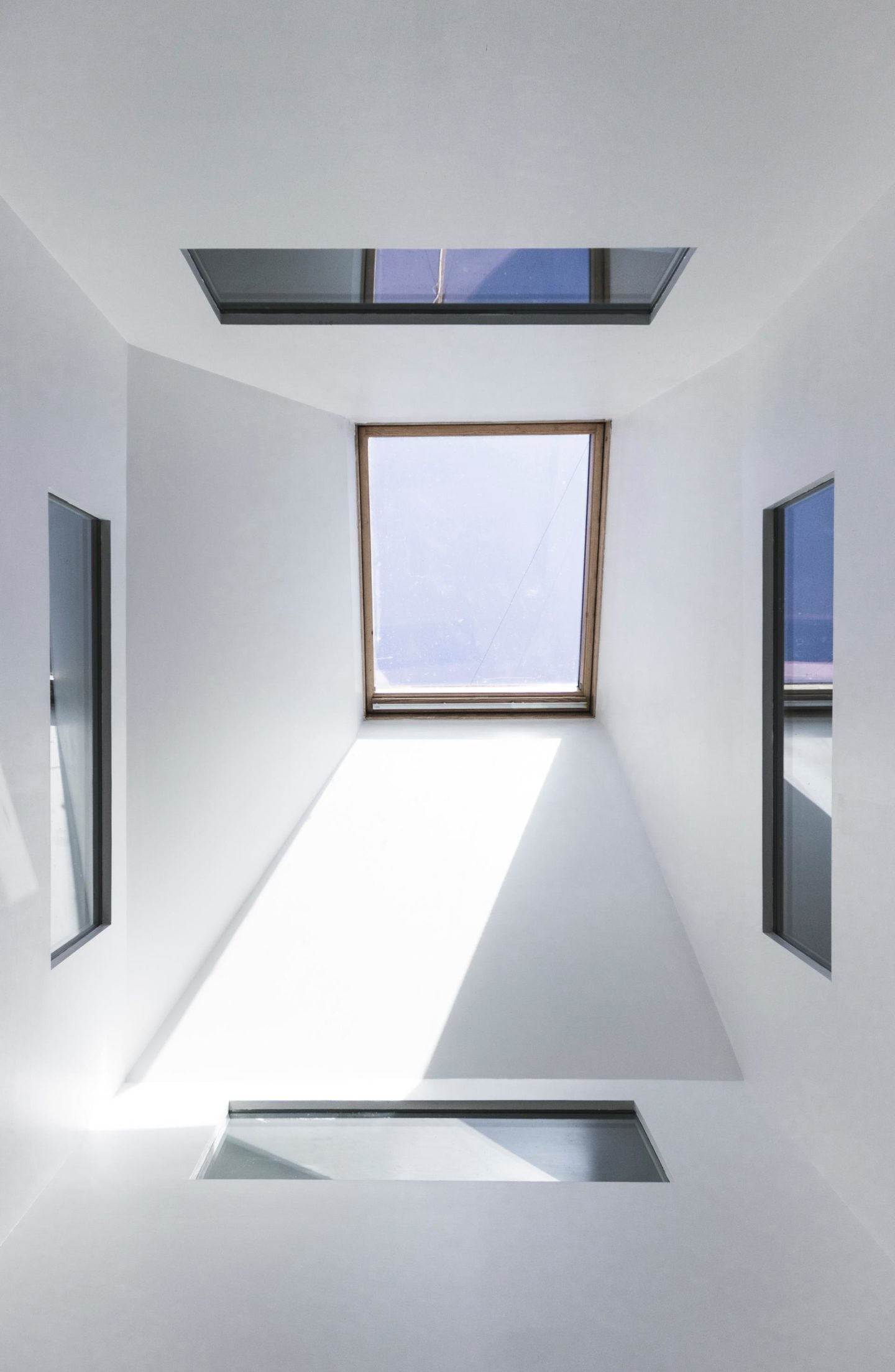 Great Ways to Transform Any Space in Your Home with a Skylight